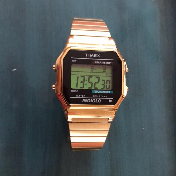 ca4d3c88a Timex Men's Classic Digital Watch. M_5a9b0a832ae12f2dd16e1af2